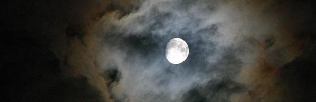 Header 1 - Moon